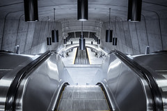 [STM_Series] : Radisson II (s.W.s.) Tags: montreal quebec canada underground metro subway symmetry symmetric urban city indoor architecture escalator station radisson