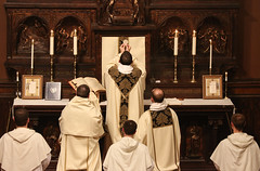 A Sacrifice of Thanksgiving (Lawrence OP) Tags: eucharist holy mass elevation host dominicanrite dominicanhouseofstudies dominicans washingtondc