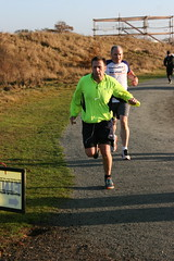 IMG_4627 (Len Marten) Tags: great notley country park braintree essex parkrun len marten richard sandford dan warden chris hopkinson john stoneman nicki edwards pete jenna blethyn jane roach mark brown 5km fun run walk runners walkers timed hill bird freedom 2 laps outdoor café touchthebird cake doom mud grass trails cross permanent signs waymarker discs 129