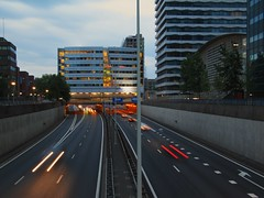 Utrechtsebaan @ sunset (Loniview) Tags: sunset night highway thehaque utrechtsebaan