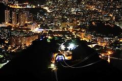 Morro da Urca e bairro de Botafogo (Gabriel Sperandio) Tags: brazil rio brasil riodejaneiro night noche rj nightshot nacht citylights noite botafogo nuit notte urca brasile brsil sudeste brazilien morrodaurca regiosudeste brasilemimagens