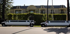 Hummer Limos (Prayitno) Tags: california drive la los angeles dr limo stretch hills beverly hummer limousine konomark
