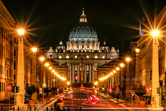 Vatican after the crowds (fish-bone) Tags: vatican europe cityscape dragondaggerphoto