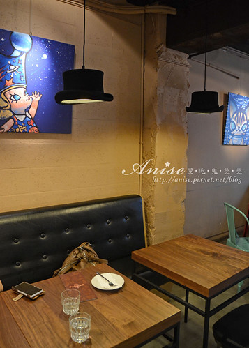 stayreal cafe_009.jpg