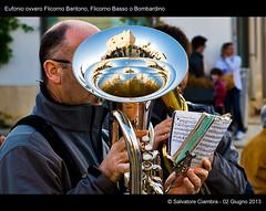 659_D7B2751_bis_San_Vito_Lo_Capo (Vater_fotografo) Tags: nikon musica sicilia ottone sanvitolocapo sanvito bandamusicale ottoni d700 ciambra eufonio nikonclubit salvatoreciambra clubitnikon vaterfotografo