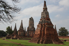 58-Ayutthaya (meg williams2009) Tags: thailand temple chai ayutthaya prasat king temple thong thai wat chedistupa watthanaram