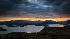 View from Conic Hill (GenerationX) Tags: sunset sky mountains water clouds landscape islands evening scotland unitedkingdom dusk scottish neil hills rays loch trossachs lochlomond barr gloaming luss inchcailloch drymen balmaha conichill aldochlay inchmurrin glenluss milarrochy canon6d inchfad