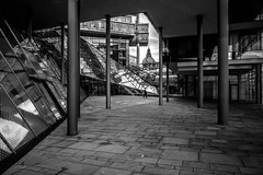 the exit (moltofredo) Tags: bw black white sw schwarz weiss noiretblanc monochrome architecture architektur street streetlife streetphotography