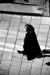 B&W (josephzohn   flickr) Tags: bw svartvitt blackandwhite people mnniskor uppifrn fromabove