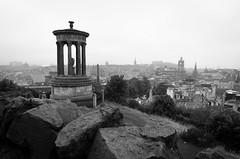 Viewpoint (Stefan Baudach) Tags: bw schwarzweis black white monochrome schwarz weis edinburgh scotland uk city viewpoint