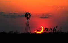 A Partial Solar Eclipse over Texas | #Photography by Jimmy Westlake & Linda Westlake (manbeachrm) Tags: clouds sunsets  blue naturelovers sunrise orange sunsetstream sunsetporn sundown skylovers pordosol cloud skylinen natureperfection naturelover landscapelovers landscapes natur landscapecaptures horizon puestadesol silhouette instasky piclogy trbsunsetsfx
