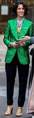 P.U. (bof352000) Tags: woman tie necktie suit shirt fashion businesswoman elegance class strict femme cravate costume chemise mode affaire