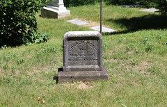 (spotboslow) Tags: mountauburncemetery cambridge watertown massachusetts