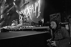 Via Zach: Paul Webber caught me creeping some photographs tonight. Cool shot. Geriatric @nikkisixxpixx behind me ;) (ShinedownsNation) Tags: shinedown nation shinedowns zach myers brent smith eric bass barry kerch