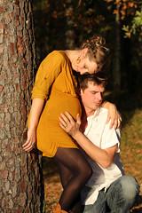 Futurs parents & Grossesse (Weblody) (Weblody) Tags: couple automne grossesse extérieur ecoute romantique bohème douceur doux couleur chaude novembre coucher maternité naissance bébé papa maman