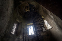 Im Mrchenschloss (VII) (Sven Grard (lichtkunstfoto.de)) Tags: urbex urban exploration abandoned decay derelict palace stairs staircase lostplace lost hdr nikon