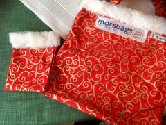 Morsbags (peterhsk77) Tags: morsbags tasche christmas weihnachten rot fell stoff zwirn berraschung meer ozean