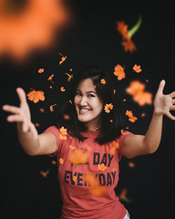 111/365 (itskatrinayu) Tags: flowers happy smile november orange woman 365 project self portrait