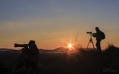 Cambiando de opinin (UrbanoJ) Tags: lalitera huesca aragon espaa otoo contraluz sol amanecer canon