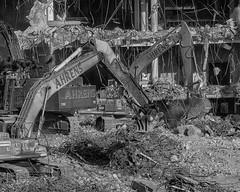 CrestWoodMallDemolition_SAF6416-2 (sara97) Tags: copyright©2016saraannefinke crestwoodmall demolition missouri outdoors photobysaraannefinke saintlouis work wreckage heavyequipment constructionequipment