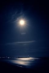 fullMoon (niK10d) Tags: sea moon stars long exposure beacon lorca 31mm pentaxk10d bestcapturesaoi mygearandme mygearandmepremium mygearandmebronze mygearandmesilver dblringexcellence rememberthatmomentlevel1 rememberthatmomentlevel2