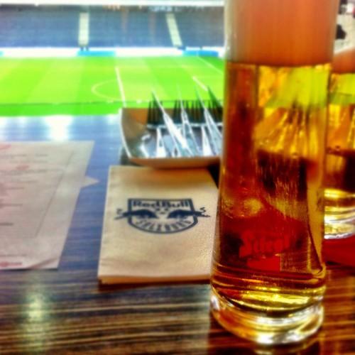 genießt heute mal ein exklusiveres after-work-bier in der #stiegl skybox #sbg