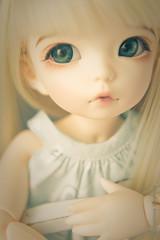 Warm tone (Anastasia Voronova) Tags: eve light art canon ball hair toys photography photo eyes doll skin blond tiny lf bjd fl normal fairyland ante jointed balljointeddoll tinybjd littlefee