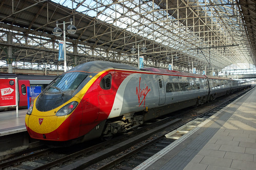 Virgin 390001 - Manchester Piccadilly