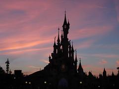 Evening at Sleeping Beauty's Castle (rvr) Tags: paris castle clouds atardecer disneyland nubes castillo sleepingbeauty belladurmiente