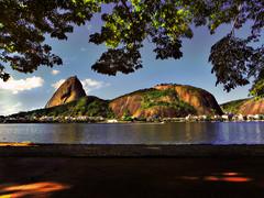 Po-de-Acar (Marcelo-Vieira) Tags: brazil mountain nature rio brasil riodejaneiro rj postal sugarloaf aterro botafogo turismo flamengo guanabara baiadeguanabara paodeaucar
