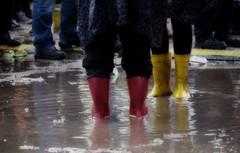 Publikum / Audience (Andreas Meese) Tags: rain festival concert nikon mud audience hamburg visitors fest konzert hafen muddy regen besucher matsch publikum wilhelmsburg 2013 dockville d5100