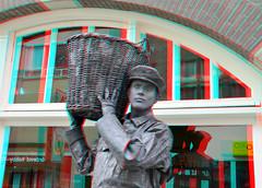 Living Statues Dordrecht 3D (wim hoppenbrouwers) Tags: living statues anaglyph stereo dordrecht livingstatues redcyan levendebeelden dordrecht3d