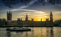 sunset in London 2 (Steve J Cottis) Tags: sunset sky london river boats dusk housesofparliament bigben palace clocktower nighttime riverthames palaceofwestminster nikond5300 tamron16300