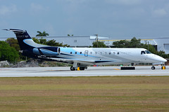 f28 (MK16photo) Tags: airplane nikon fort jet international lauderdale tamron legacy vc 70200 ftlauderdale airliner dx embraer fll bizjet apsc 9r d7100 tamron70200 kfll bizav tamron70200vc nikond7100 70200vc