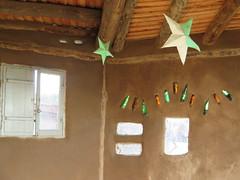 """Construction d'une école libre <a style=""""margin-left:10px; font-size:0.8em;"""" href=""""http://www.flickr.com/photos/83080376@N03/17387197263/"""" target=""""_blank"""">@flickr</a>"""