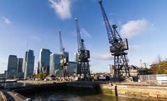 Autumn on the Wharf 13th Nov (10 of 37) (johnlinford) Tags: autumn canarywharf canon canonefs1022 canoneos7d crane cranes docklands e14 landscape london towerhamlets urban urbanautumn
