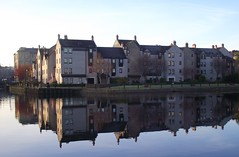 LEITH REFLECTIONS (patrick555666751) Tags: leithreflection reflection reflections reflets reflet leith lite united kingdom royaume uni scotland escocia ecosse scozia flickr heart group