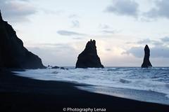 _MG_2803 (photography.lenaa) Tags: blacksandbeach beach stone black water sea ocean blue sun iceland