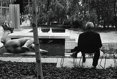 Aristide Maillol : The River. MoMA, NYC. (setpower1) Tags: minoltasrt102 kodaktrix kodakd76 bw vintagefilmcamera 35mmfilm hoyak2 newyorkcity nyc minolta58mmf14mcrokkor moma museumofmodernart aristidemaillol