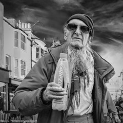 TOP UP! (dens_lens) Tags: candid street streetphotography brighton england