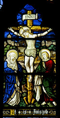 St Mary Magdalene Broadwas - East Window - Crucifixion (David Cronin) Tags: broadwas worcestershire mary saintmarymagdalene stained glass stainedglass burlisonandgrylls crucifixion virginmary john saintjohn