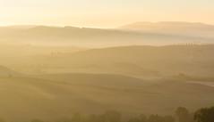 beautiful light (Karl-Heinz Bitter) Tags: europa herbst italien jahreszeiten landscape landschaft toskana italy tuscany licht morninglight light pienza karlheinzbitter khbitter