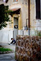 (massimopisani1972) Tags: garbatella roma rome italia italy nikon 28300 quartieregarbatella cortile children bambino massimopisani massimo pisani d610 20300