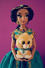 oh rajah...did Jafar put a spell on you again? (girl enchanted) Tags: disney ds disneystore aladdin jasminedoll princess