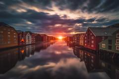 Midnight Sunset (IzTheViz) Tags: trondheim norway nivelda sunset midnightsun summer