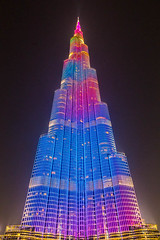 A moment in the Burj Khalifa night illumination show (lemien) Tags: dubai burjkhalifa uae unitedarabemirates ae