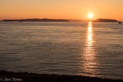 Golden sunrise (Ian Toms) Tags: herm goldenhour guernsey landscape goldenglow guernseylife sea rays lastdayofnovember jethou sunrays sark twilight visitguernsey sunrise sunlight guernseystyle yellow sealife golden