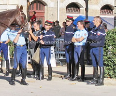 bootsservice 07 8357 (bootsservice) Tags: arme army uniforme uniformes uniform uniforms cavalerie cavalry cavalier cavaliers rider riders cheval chevaux horse horses bottes boots riding boots weston eperons spurs gants gloves gendarme gendarmerie militaire military garde rpublicaine paris