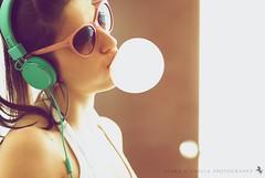 Bubblegum 2 (Ciara*) Tags: sunglasses spring bubble headphones bubblegum