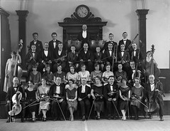 April 8, 1926 (National Library of Ireland on The Commons) Tags: 1920s music clock musicians drums orchestra april thursday viola saxophone 8th oboe clarinets violins doublebass 1926 glassnegative 355 twenties nationallibraryofireland ahpoole poolecollection arthurhenripoole